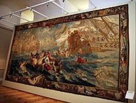 Los tapices de 'Hilos de espledor' decoran el Palacio Real