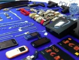 Detenidos tres atracadores de locutorios