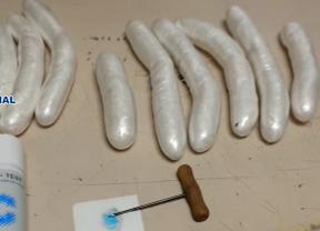 Detenida una mujer por ocultar cocaína en una peluca