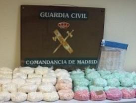 La Guardia Civil detiene a seis integrantes de una red internacional de droga sintética