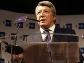 Cerezo espera un acuerdo para renovar a Leo Franco y niega ofertas por Agüero