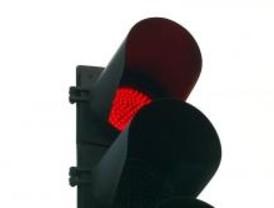 La Comunidad reparará los semáforos de las carreteras en menos de 24 horas