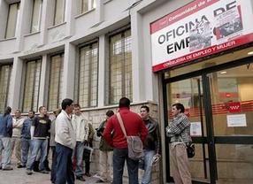 El paro sube en 25.572 personas en España