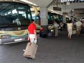 Barajas y la Estación Sur registran una gran afluencia de viajeros