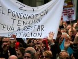 Multitudinaria protesta de los afectados de Forum y Afinsa