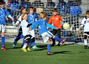 El Ayuntamiento garantiza la continuidad del Club de Fútbol Las Rozas