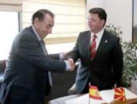 Macedonia visita la Cámara para fomentar intercambios comerciales con los madrileños