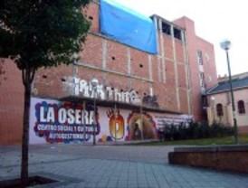 'Okupas' de Usera piden parar el desalojo del Teatro de Almendrales