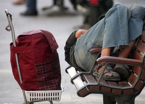 Más de un millón de personas viven en Madrid con menos de 484 euros al mes