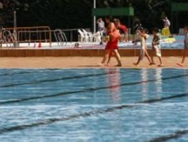 Un niño, en estado grave tras ahogarse en una piscina en Parla