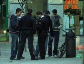 Cifuentes ordena el fin de las identificaciones
