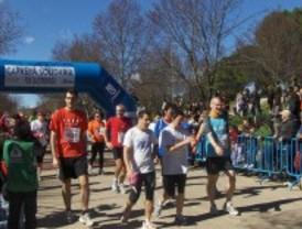 Más de 3.000 corredores participan en una carrera solidaria por las enfermedades raras