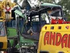 Un muerto y 19 heridos en un accidente múltiple en la A-6