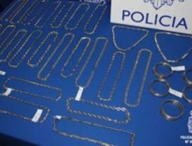 Detenidos dos hombres por vender oro falso en casas de empeño