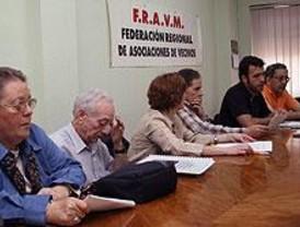 Las AAVV se encerrarán en los distritos contra las privatizaciones en sanidad
