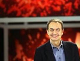 Zapatero promete reducir 400 euros del IRPF a trabajadores y pensionistas