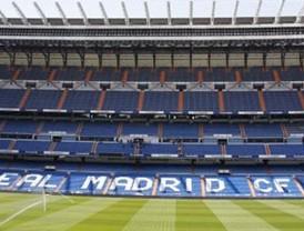 El Bernabéu calienta motores para el derbi
