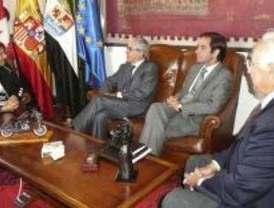 El embajador de Portugal dice que el AVE Madrid-Lisboa estará operativo en 2013