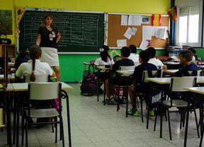UGT denuncia que 3.000 vacantes están sin asignar en los centros educativos