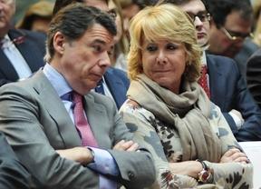 Ignacio Gonzalez y Esperanza Aguirre hablan en un acto en Sol