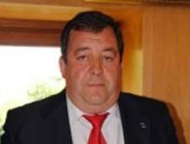 Un alcalde 'popular' se rebela contra los recortes