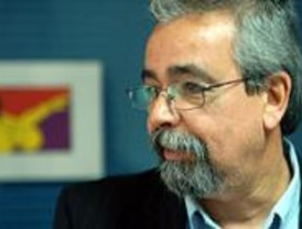 Pérez denuncia que 100.000 madrileños viven con rentas inferiores a los 3.000 euros al año