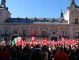 Nueva protesta por las privatizaciones en el Ayuntamiento