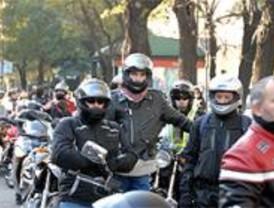 Cientos de motoristas se manifiestan para pedir más seguridad en las carreteras
