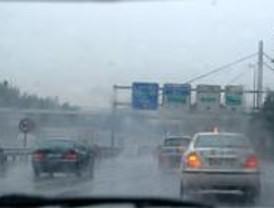 Más de 200 accidentes y dos muertos por la lluvia