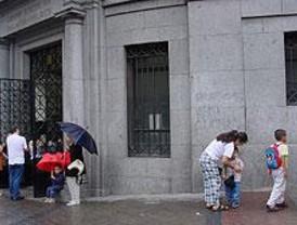 Los padres del Palacio Valdés se encierran contra Educación