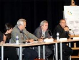 Ramonet inaugura el Club Internacional de Debate de Alcorcón