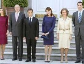 Intensa jornada de Sarkozy y Bruni en Madrid