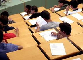 Los aspirantes a maestro tendrán que aprobar Lengua en la PAU