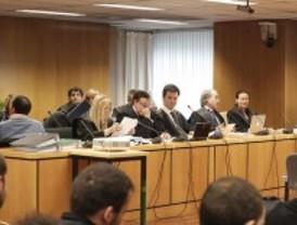 El jurado popular comienza a deliberar sobre el 'caso Ussía'