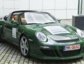 El futuro del coche eléctrico se analiza en la universidad