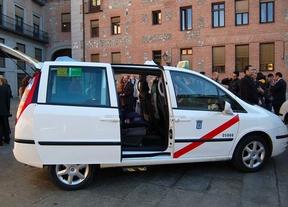 Los taxis de Madrid podrán llevar publicidad en las puertas