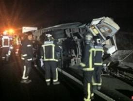 Cuatro heridos al chocar una furgoneta y una autocaravana en Lozoyuela