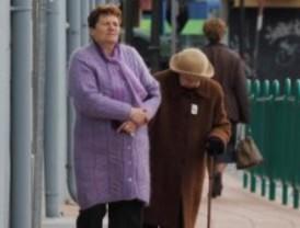 La pensión media en Madrid supera los 920 euros