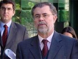 Bermejo dice que la Fiscalía actúa con rigor y no entorpece la investigación