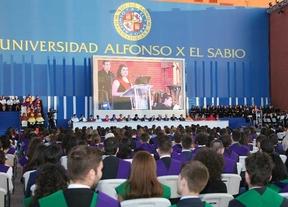 La UAX celebra el acto de graduación de 2.745 estudiantes