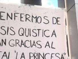Trabajadores y pacientes hacen piña para salvar La Princesa