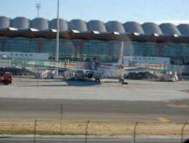 Cinco kurdos refugiados en Barajas consiguen asilo en España