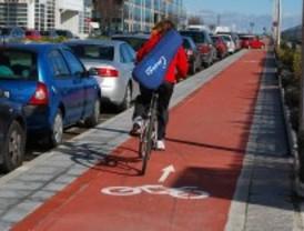 Los ciclistas podrán ir por las aceras solo si hay carril bici