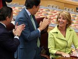 Aguirre promoverá una unidad adscrita de policía y la liberalización de horarios comerciales