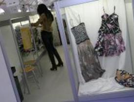 Los empresarios de textil y calzado pierden un 22,8% desde marzo por el bajo consumo