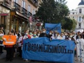 Decenas de personas contra la fibromialgia