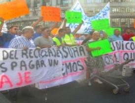 Los chatarreros toman el centro de Madrid contra la nueva ley estatal de residuos