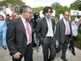 Trabajadores y sindicatos se manifiestan contra Güemes con mordazas