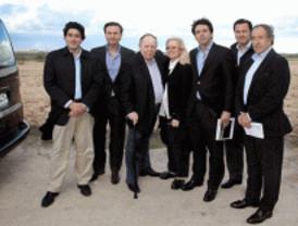 Adelson visita los terrenos de Alcorcón