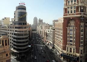 Botella anuncia que adelantará la reforma de Plaza España